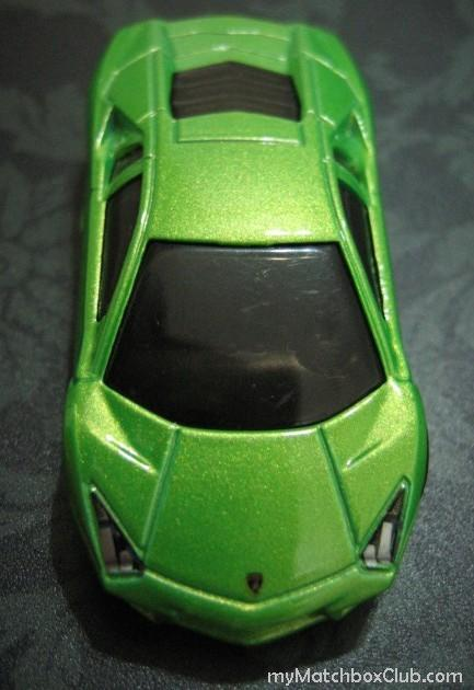2010-Lamboghini-Reventon-Green-Hot-Wheels-mymatchboxclub