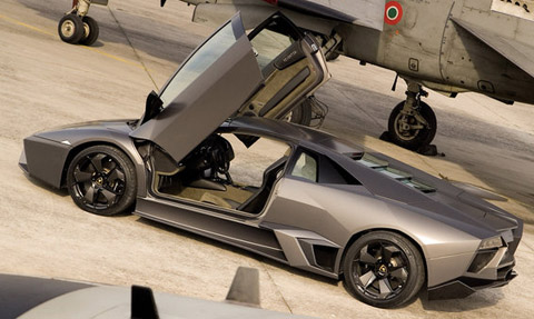 Lamborghini-reventon-super-jet-hot-wheels-2010